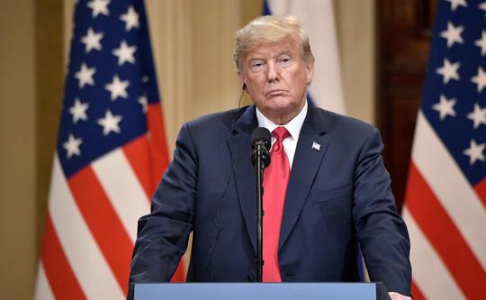 «Трамп сейчас тоже пошел на поводу у мирового дискурса — он согласился ввести локдаун в Соединенных Штатах»