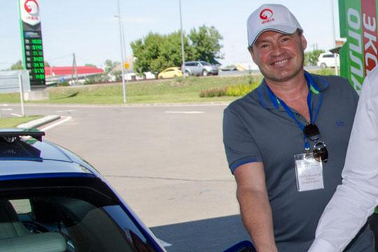 Владелец группы компаний «Транзит Сити» (сеть АЗС Irbis) Ринат Гаптельхаков свой заправочный бизнес открыл в далеком 1998 году, когда в стране произошел дефолт