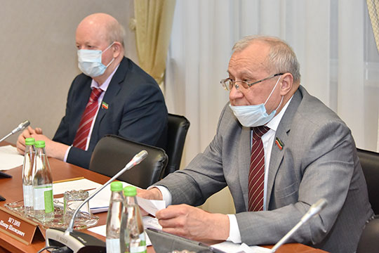 Члены комитета под председательством Шакира Ягудина одобрили предлагаемый законопроект