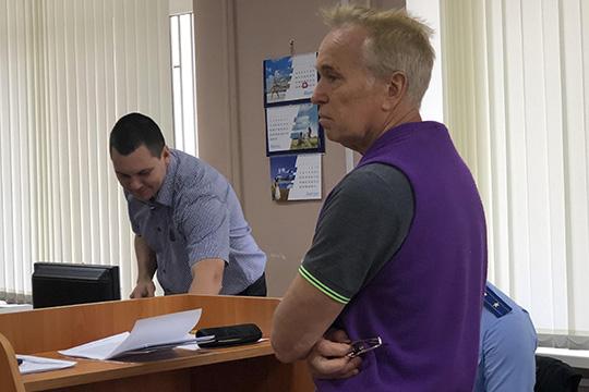Свою вину Александр Кочнев полностью признал идал изобличительные показания на Дьяконова