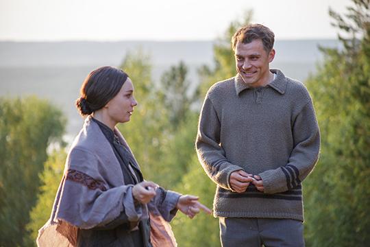 «Вчьем-то представлении татарка неможет быть такой, неможет так поступить, неможет целоваться срусским. Ноэтоже жуткий примитив восприятия! Времена изменились, прошли, стыдно обэтом говорить, отаком восприятии итаких оценках»
