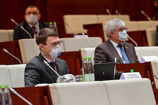 Артем Прокофьев заявил, что федеральные органы власти занимают «очень странную позицию», возложив ответственность нарегионы, нодолжных объемов поддержки невыделив