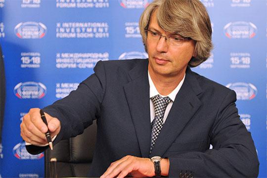 Вадим Швецоврассказал, что госзакупки автомобилей помогут смягчить падение продаж группы с50 до30%