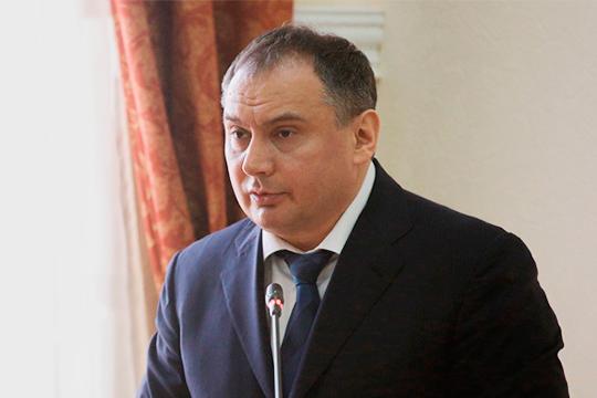 Николай Новиков «надеется всех обмануть», утверждая в«чатиках» через доверенных судей, что Гусейханов наработе вообще небыл ивообще находится «наоперации»