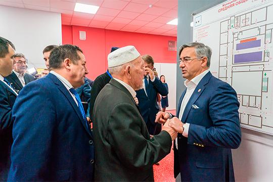 «Для нас, татар, главное — духовный статус, достоинство, связь с татарской историей, с предками. Своих отцов и дедов мы не можем позорить»