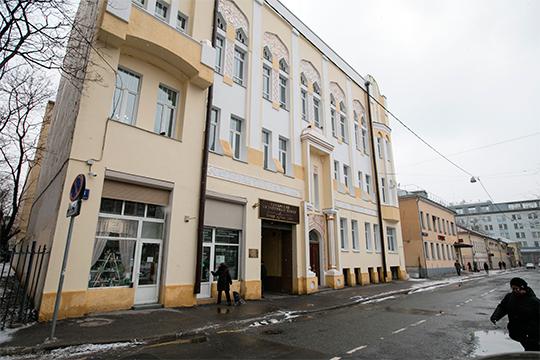 «Дом Асадуллаева в Москве мы отстояли благодаря и Конгрессу татар, и правительству, и лично президенту РТ. Мы приняли решение текущие затраты взять на себя»