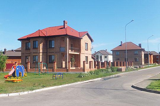 Рустам Миннихановоценил в1млн число татарстанцев, которые имеют возможность переждать пандемию коронавируса насобственной дачеили садовом участке