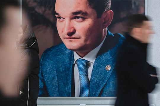 Еще одна утрата — внезапная смертьИрека Миннахметова.Впредыдущем рейтинге онвплотную приблизился кпервой десятке, новянваре неожиданно покинул пост гендиректора «Татспиртпрома», который занимал более 5лет
