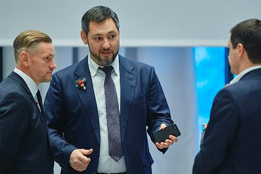 Отметим существенное усиление позиций гендиректора ГК«Кориб»Олега Коробченко (60), который возглавляет республиканское отделение «Партии Роста»
