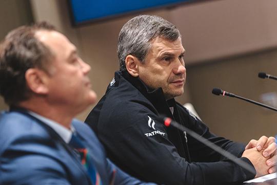 «Обсуждая кандидатуру Квартальнова, мывидели, как онсправлялся смолодежью в«Локомотиве». Унего всегда были молодые игроки всоставе— это то, что нужно было нам в«АкБарсе»