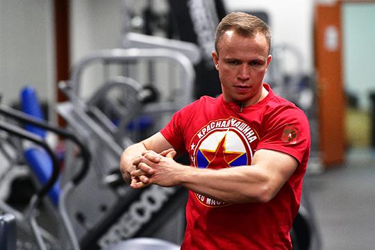 Академия подготовила для ребят цикл тренировочных занятий стренером юниорских иженских сборных команд России похоккеюАртёмом Нехороших