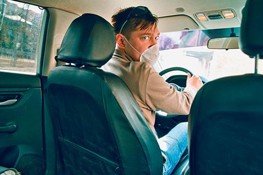Сервисы такси со своей стороны стали вводить специальные тарифы на доставку, по сути, давая таксистам возможность поработать и курьерами