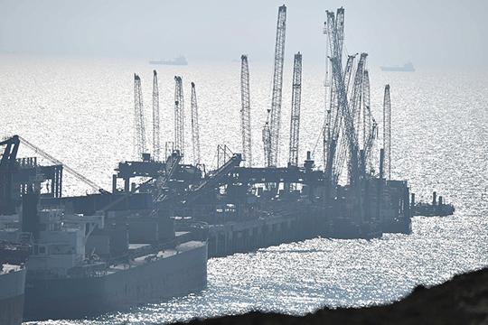 РФ занимает второе место в мире по добычи нефти и газа, которые через пиролиз углеводородного сырья является источником промышленного получения этилена
