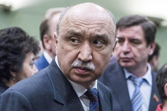 Ильшат Гафуров: «Наши республиканские клиники обеспечены кадрами и не нуждаются пока в подключении студентов»