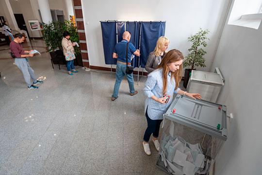 По последней информации, приходящей из высоких московских кабинетов, Единый день голосования (13 сентября) все же не будет перенесен