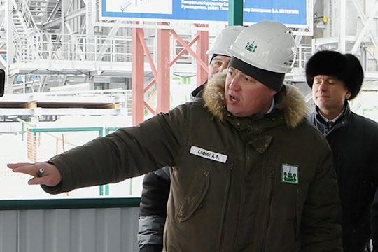 Настоящие кадровые чистки устроил новый гендиректор «Нижнекамскнефтехима» Айрат Сафин (на фото), сменивший в феврале в этой должности Азата Бикмурзина