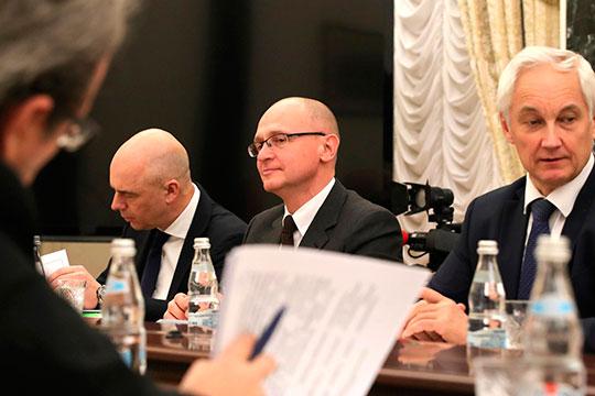«Сейчас главный человек, который занимается этими вопросами [формируют повестку для элит], наверное, Сергей Кириенко»