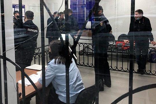 В ОП «Япеева», куда свозили нарушителей с Баумана, наш корреспондент не заметил серьезного ажиотажа