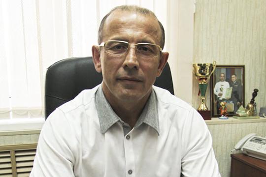 Владимир Гребнев: «Мы, как руководители автошкол гарантируем, что после каждого студента будем обрабатывать автомобиль, будем выдавать маски с перчатками, даже очки — каждому студенту и инструктору»