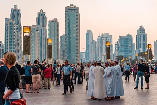 «В арабском мире гомосексуализм распространен не меньше, чем в Европе. Но это, как правило, бисексуалы, и у них есть дети, так что на воспроизводство популяции это не влияет»