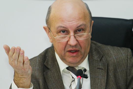 Андрей Фурсов: «Сейчас вопрос стоит по-ленински: кто кого отсечет отбудущего?»