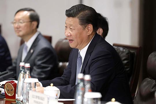 «Как обвинить дракона: назначатли Китай всемирным козлом отпущения?»