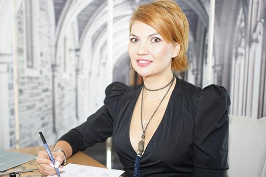 Елена Войтко, 41 год. Управляет гостинично-развлекательным комплексом «Казанская Ривьера», включающий отель на 210 номеров, аквапарк, колесо обозрения, пляж, конференц-залы, рестораны и бары