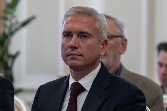 Из прочих кандидатов обращает на себя внимание действующий руководитель Исполнительного комитета города Казани Денис Калинкин