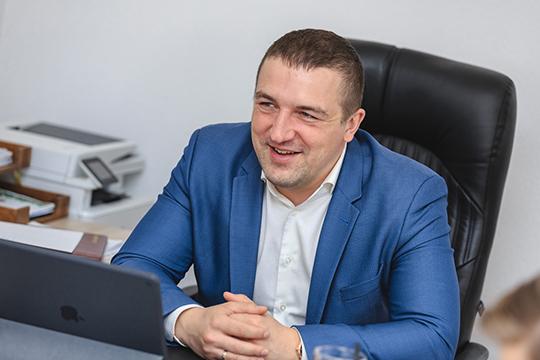 Сергей Богатов: «Вотпуске был три раза вжизни! Один раз всвадебном путешествии, два раза отдохнул ссемьей вСочи иГреции»