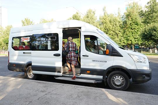 «Представьте себе — нет автобусов. Что будет? Пассажира мало интересует, есть у тебя выручка или нет. Ему ехать надо. Так что мы никого не увольняли, не сокращали»