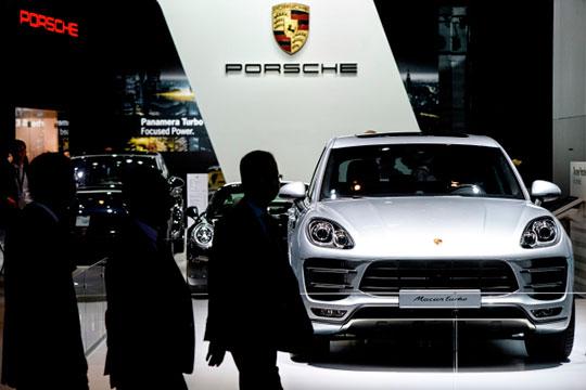 На 24 единицы или на 83% до не виданных в первом квартале 53 зарегистрированных разогнался Porsche