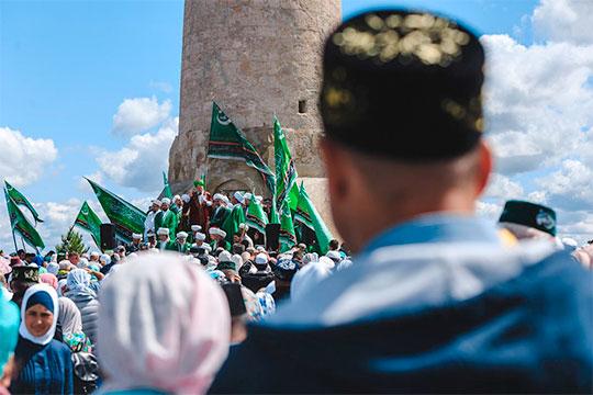 «Идущий Рамадан сдвинет массовые торжества, которые традиционно проходили вБолгарах, авсемирная пандемия коронавируса, возможно, вообще ихотменит»