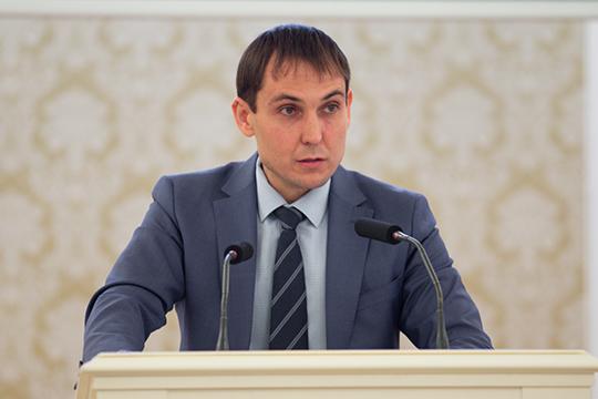 «Источником покрытия являются остатки средств бюджета наначало 2020 года»,— пояснил начальник финансового управления исполкомаИрек Мухаметшин
