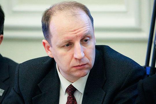 Богдан Безпалько: «Мы будем вынуждены всех их ставить на учет как безработных, выплачивать пособия и так далее, и все это может обрушить инфраструктуру России»