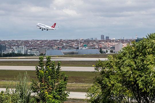 Аэропорты Турции с 1 июня начнут тестировать на коронавирусную инфекцию всех без исключения пассажиров, прилетающих в страну