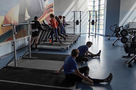 Ряд фитнес-клубов решил дождаться разрешения полного посещения, что позволит клубу функционировать в рамках рентабельности