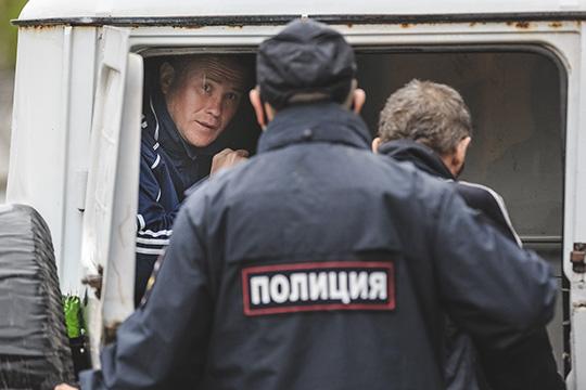 «Людей решили пугать неугрозой вируса, асамым убедительным, что есть для российского обывателя. Пугали некой экстремальностью иотмороженностью действий власти»