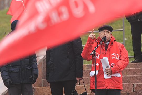 Татарстанские представители КПРФ и «Справедливой России» затруднились сказать, кого их организации выдвинут состязаться с Миннихановым на президентских выборах