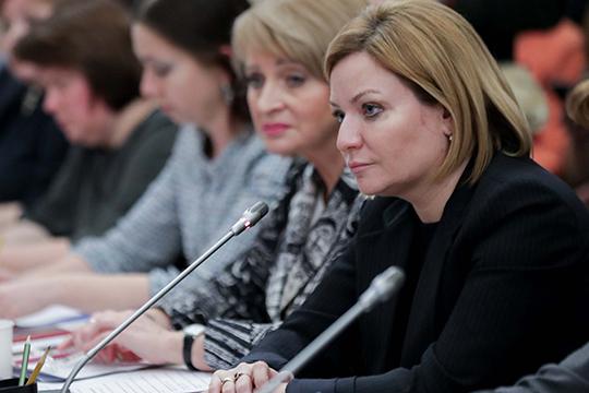 Ольга Любимова: «Бесконечная благодарность коллегам за помощь, за то, что держатся, не истерят, держат свои коллективы — это совершенно невероятно»