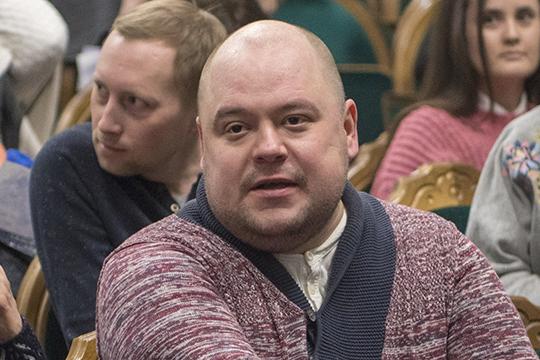 Как стало известно на этой неделе «БИЗНЕС Online», самый известный театральный критик Татарстана Нияз Игламов больше не является заведующим литературной частью театра им. Камала