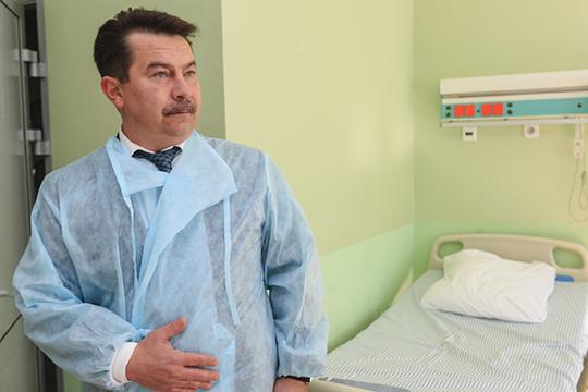 Марат Садыков: «В настоящее время на месте пожара работают сотрудники СКР и дознаватели Госпожнадзора»