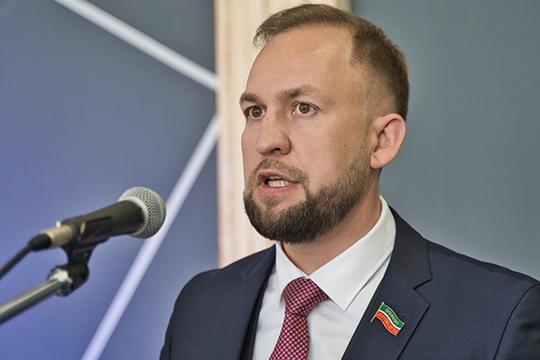 Альмир Михеев:«Я планирую сосредоточить усилия партийного регионального отделения в следующих направлениях: социальная политика в сфере ЖКХ, здравоохранения и экологии»
