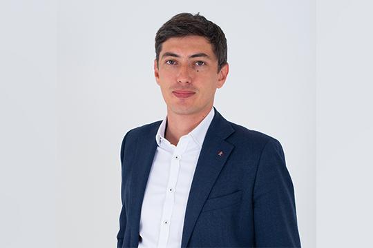 Радик Салимгараев:«Мыставим себе задачу превосходить его ожидания, продавая качественный продукт ипредоставляя высокий уровень сервиса»