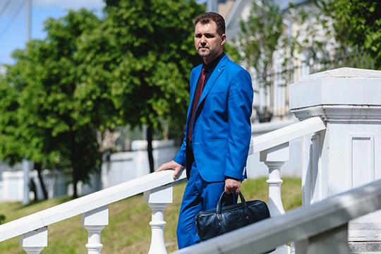 Рамиль Ахметгалиев:«Ябы неназвал создание нового бюро попыткой начать «снуля». Для меня это логичное продолжение моей юридической практики иочередной этап профессионального развития»