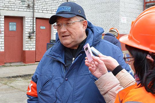 Бессменный руководительПриволжского управления РостехнадзораБорис Петров покинул свой пост в минувшую пятницу и на работе больше не появляется. Но его кресло пока свободно