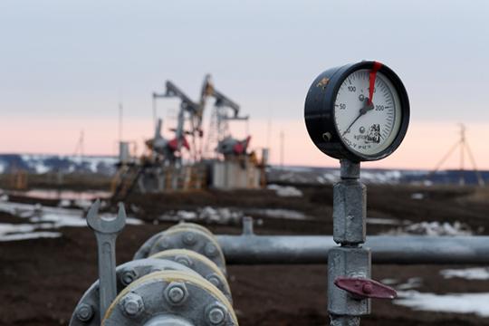 «Еще полтора года назад министр энергетики в Думе докладывал о том, что к 2035 году Россия потеряет 40% добычи нефти, потому что новых месторождений открывается все меньше и меньше»