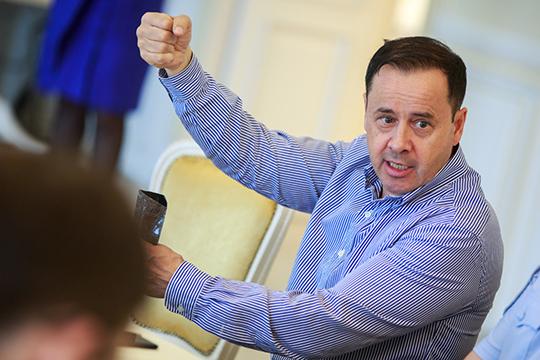 Зуфар Гаязов: «Ждем, когда разрешат открывать наши предприятия. Хотя бы летние веранды… Мы у себя [в «Татарской усадьбе»] в этом году построили дровяные печи»