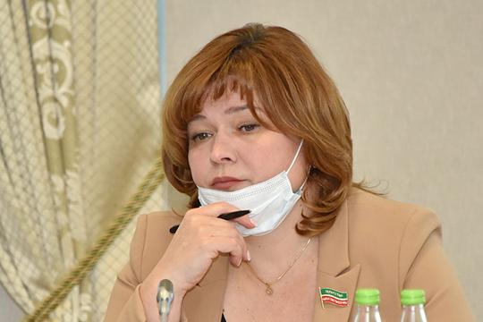 Светлана Захаровазаметила, что без явных симптомов—температуры, признаков простуды, катаральных явлений, кашля ипрочего, нет необходимости тестировать детей наналичие коронавируса