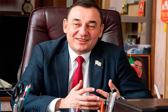 Генеральный директор УК «Уютный дом», депутат Госсовета РТ Марат Нуриев. Его управляющая компания одна из крупнейших в РТ
