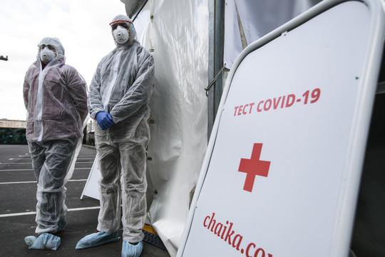 «Медицинские предположения относительно природы коронавируса таковы, что якобы он при жаркой, и, самое главное сухой, погоде замирает, как и любой вирус»